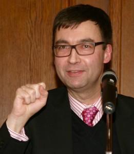 Dr. Alexander Kissler
